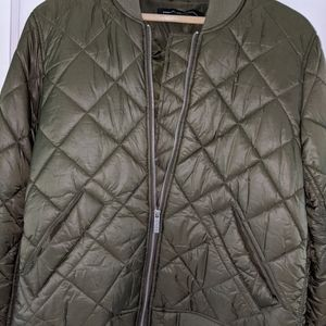 French Connection sz L olive green quilted coat